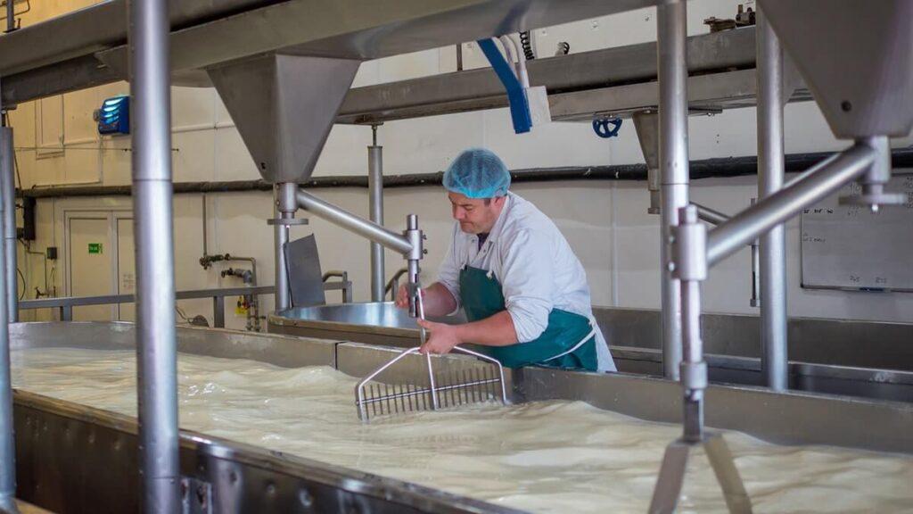 Моющие средства для молочной промышленности использование для молочных цехов и оборудования